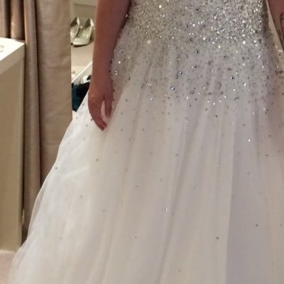 1484415223 –  – Size: 14 | £195