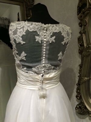Romantica – Size 12 dress – Evesham - 4