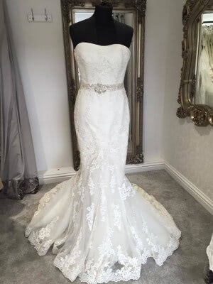 Lace dress – Size 12 dress – Evesham - 5