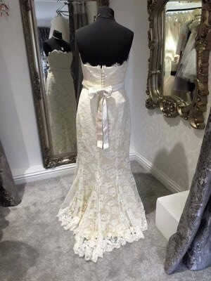 Beverly Lister – Size 14 dress – Evesham