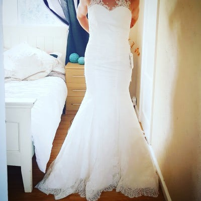 1501428550 – Staceys – Size: 6 | £200