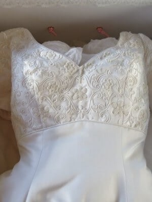 Satin dress – Size 10 dress – blairgowrie