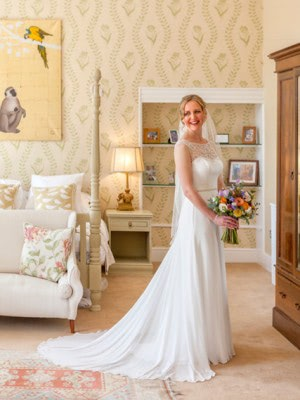 Maggie Sottero – Size 8 dress – crowthorne