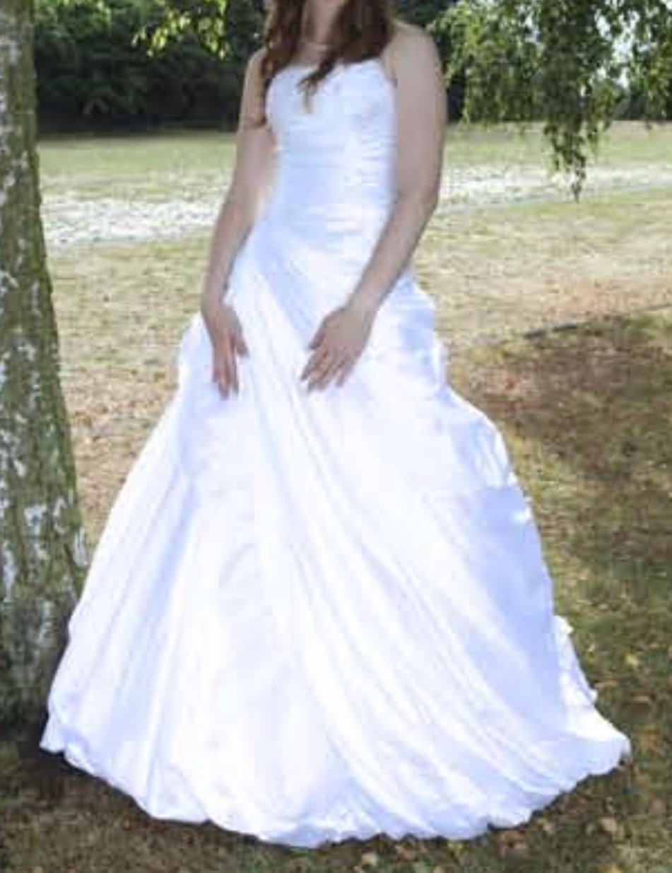 Sottero and Midgley – Size 8 A-Line dress | Second hand wedding dresses London - Size 8
