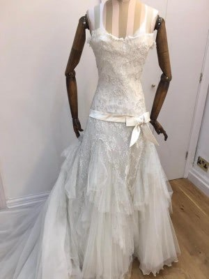 Elie Saab – Size 10 Strapless dress | Second hand wedding dresses London - 6