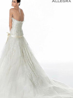 Elie Saab – Size 10 Strapless dress | Second hand wedding dresses London - 2